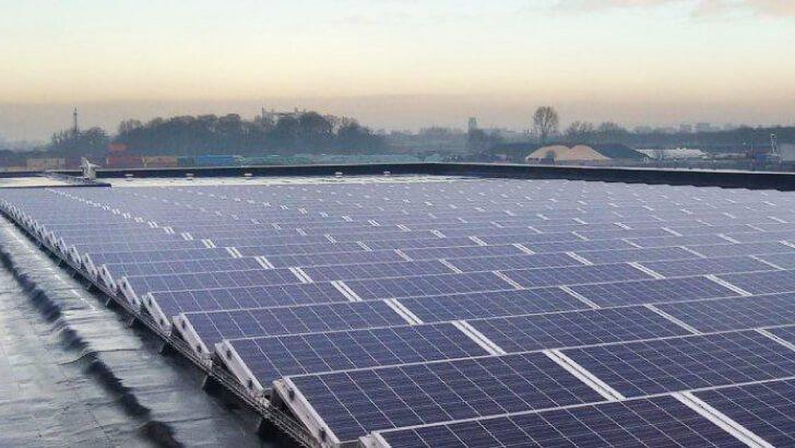 300 zonnepanelen Gebotex in Dordrecht