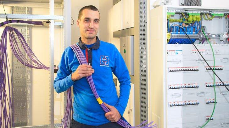 Elektrotechniek: Datanetwerken aanleggen