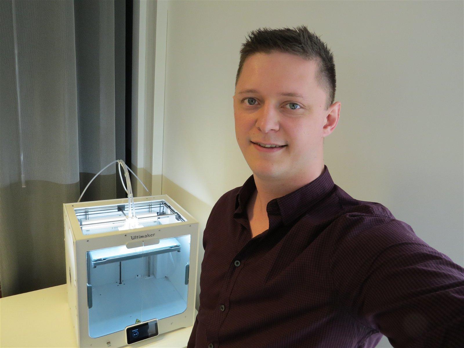 Service-Engineer Raoul van de Laak van Hoppenbrouwers Techniek