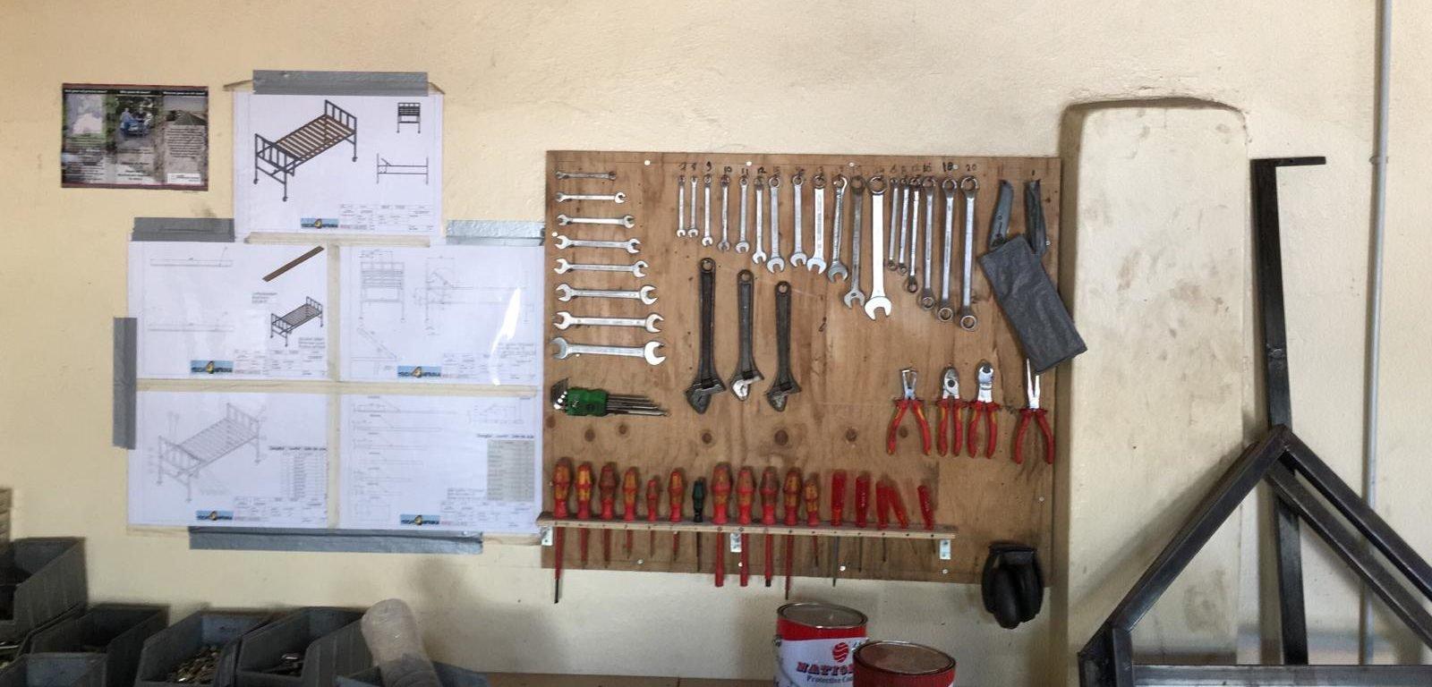 Hoppenbrouwers gereedschap voor Afrika-project ROC Tilburg
