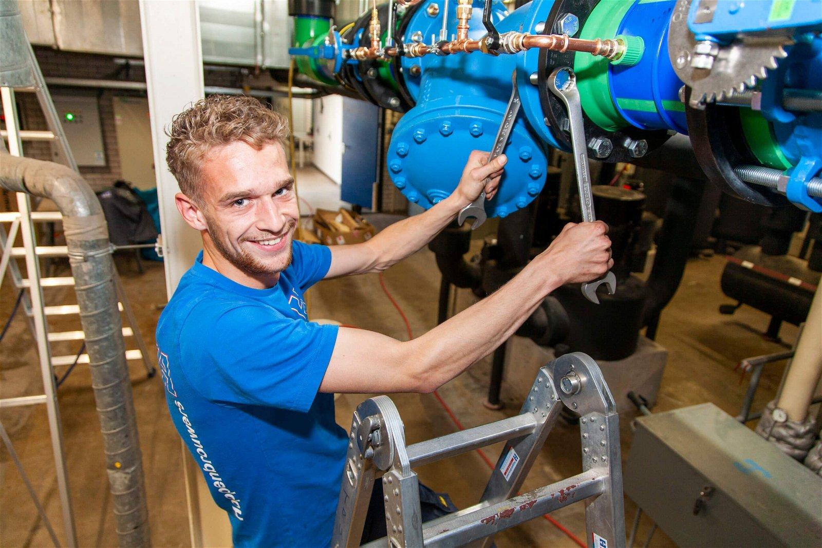 Werktuigbouwkunde monteur van Hoppenbrouwers Techniek