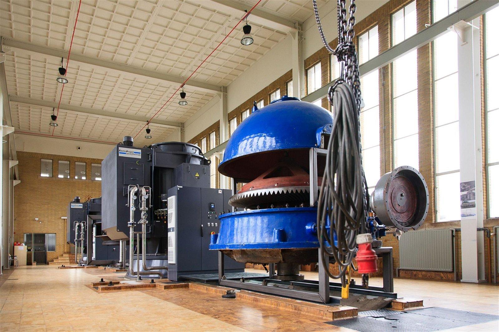De crux van gemalen renoveren is natuurbehoud. Hoppenbrouwers houdt hier tijdens de installatie van industriële automatiseringsoplossingen rekening mee.