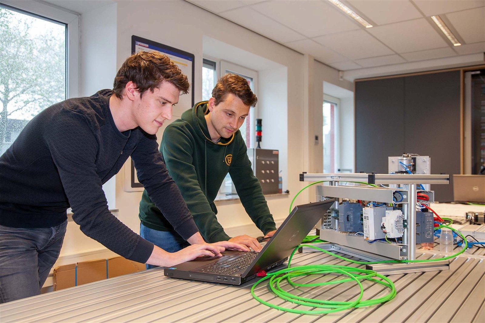 Het HEC biedt technische stages voor hbo- en mbo-studenten.