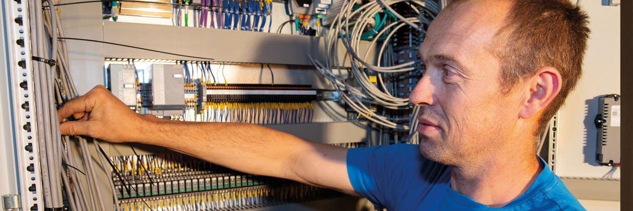 Monteur Elektrotechniek Kortlopende Projecten